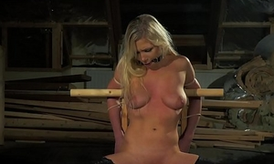 Teen bondage sex slave pleasing the brush master'_s tour