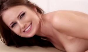 Scarlett Sage has some very sensitive spots - Scarlett Sage, Eva Lovia