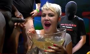 Extreme Piss Gangbang Lovers - Claudia Vs Amy Pink - 666Bukkake