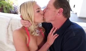 Uncle fuck seducing Summer Day