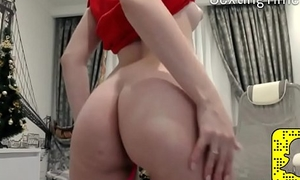 Sexy young girl enjoying her turn this way pussy beguilement