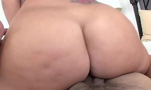 Fat ass GF Jamie Jackson gets big dick