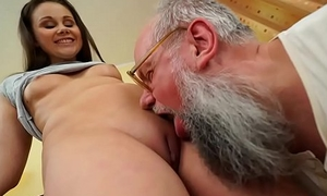 Undesigned age-old grandpa gets the taste be proper of a sexy young woman