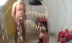 Teeny steht auf Maskenm&auml_nner und Sperma - SPM Amanda20 TR37