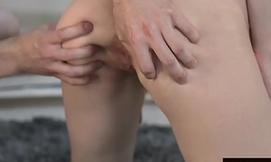 Isabel Cycle prefers anal